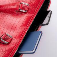 Laptoptartós Valódi bőr  üzleti táska bordó színben