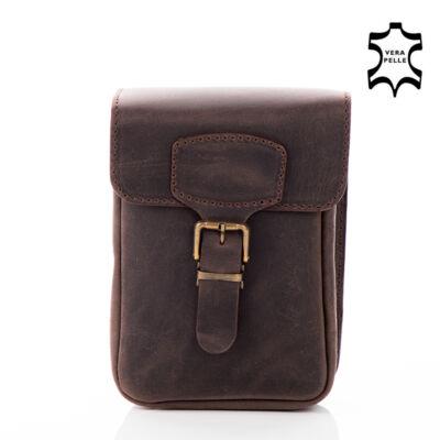 Valódi bőr  övre fűzhető táska egyrészes**
