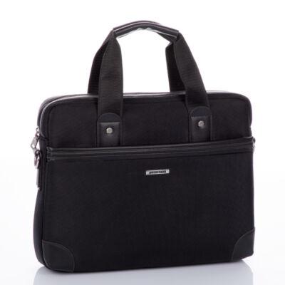 Laptoptartós üzleti táska fekete színben*