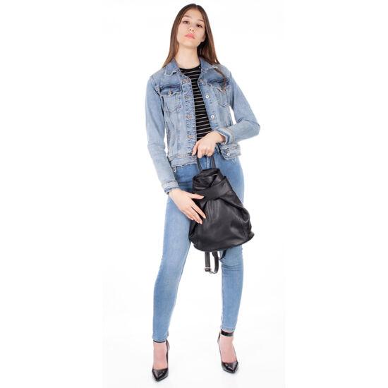 Valódi bőr női hátizsák fekete színben