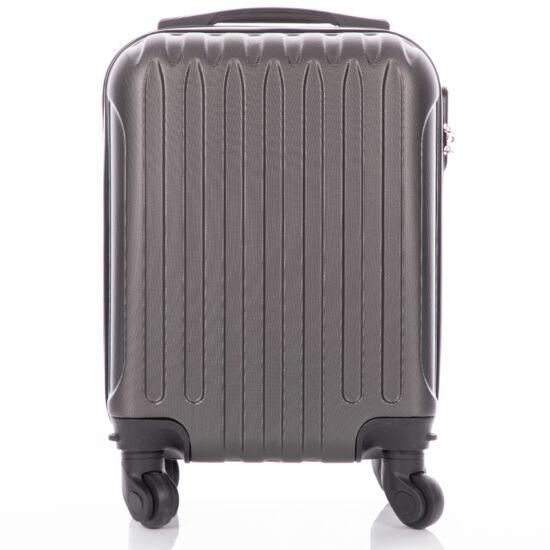 Bőrönd kabin méret RYANAIR járataira felvihető levehető kerekekkel  (40 x 30 x 20 cm)
